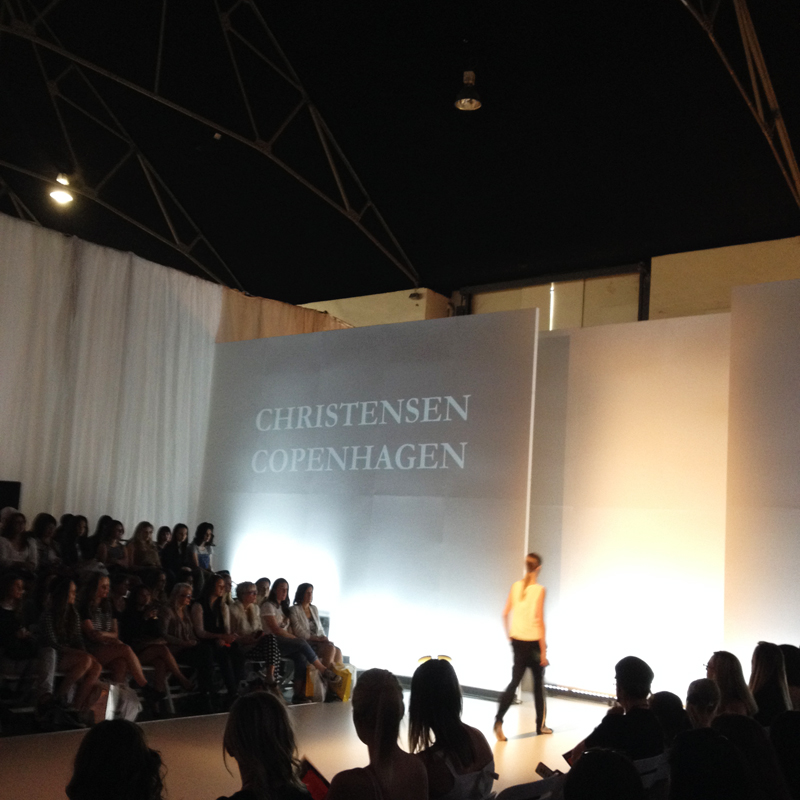 Sydneyfashionweekend2014runway11