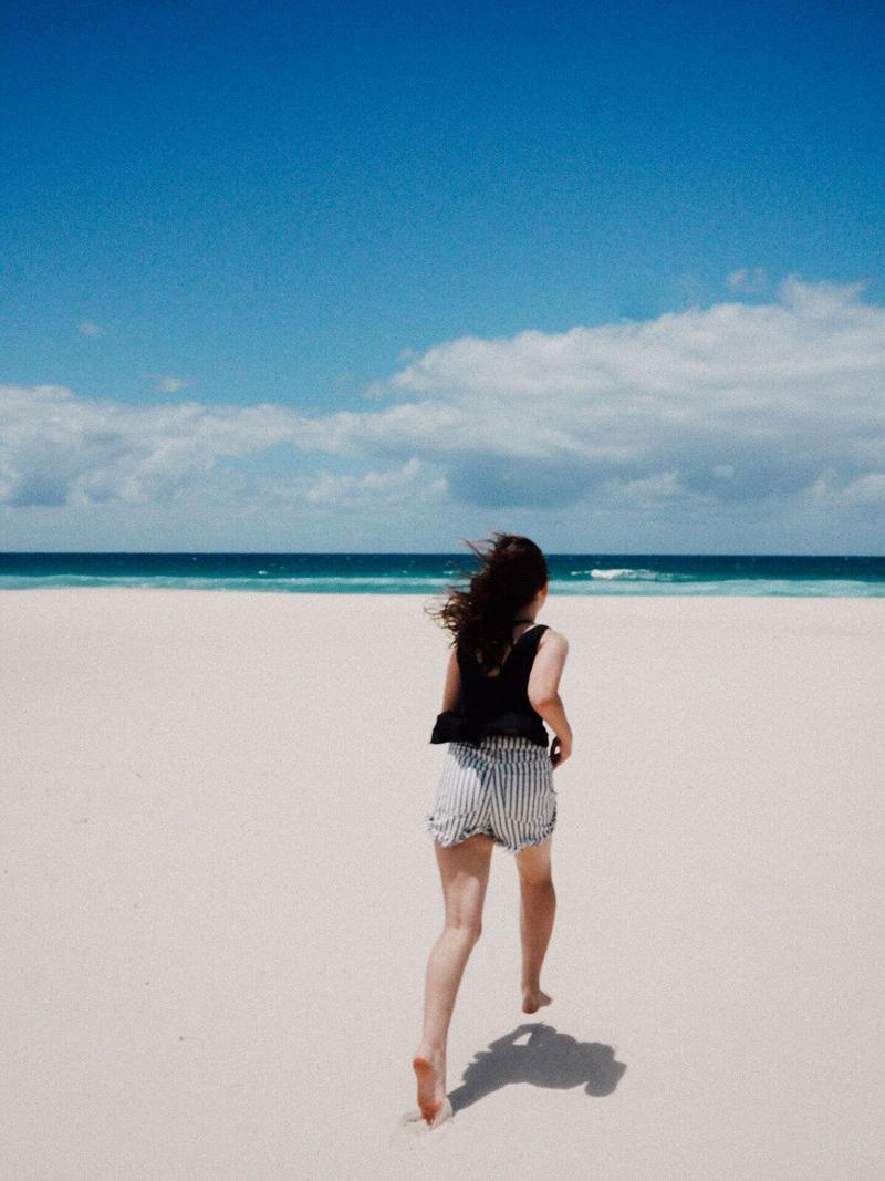 Emilyjaneblog X misszaliblog beach photoshoot6