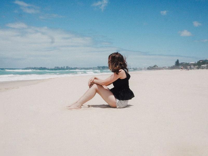 Emilyjaneblog X misszaliblog beach photoshoot2