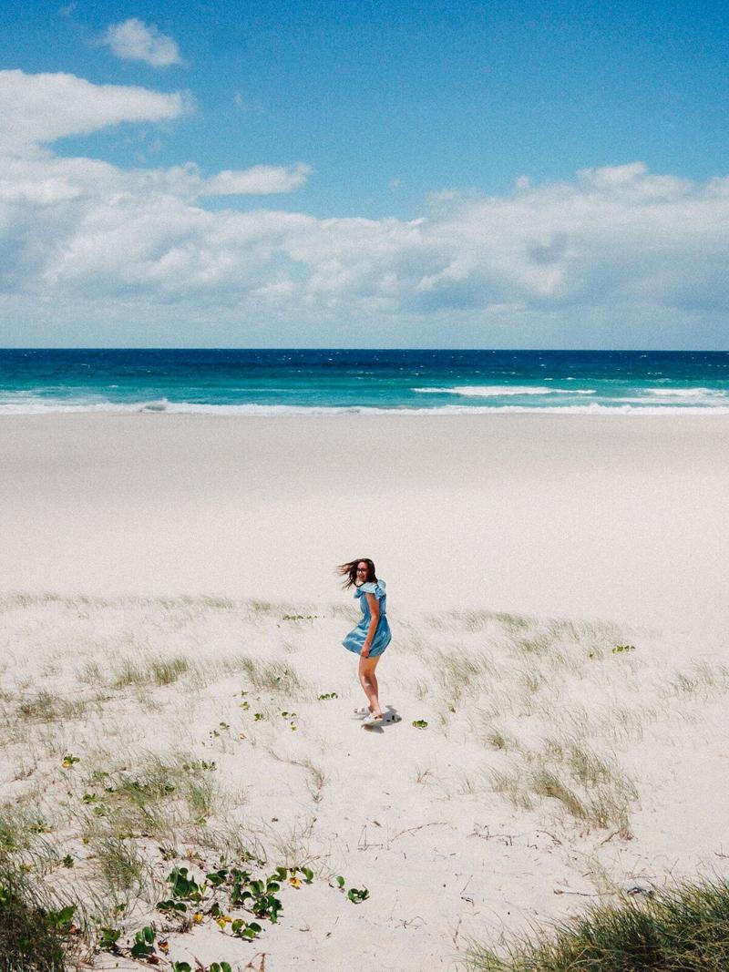 Emilyjaneblog X misszaliblog beach photoshoot3
